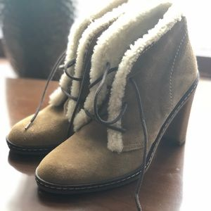 COACH Jamie Suede/Shearling lined booties sz7